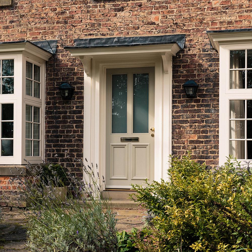 How long should a wooden front door last? Blog Image